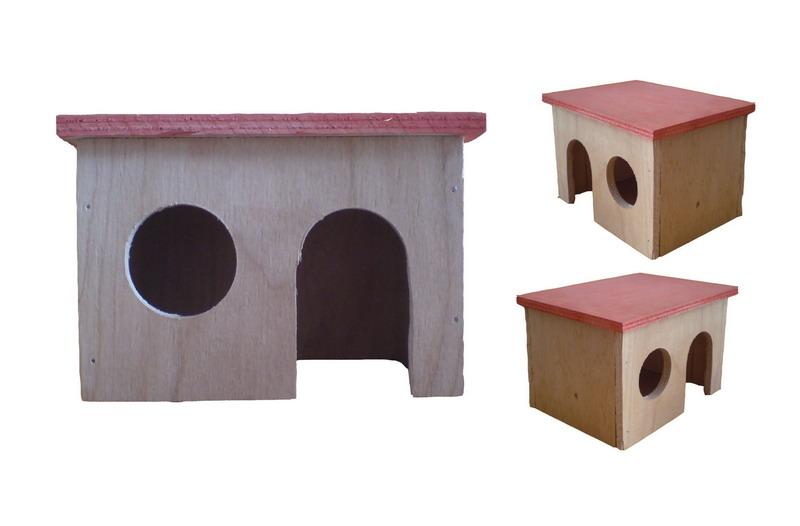 Деревяный домик для грызунов.